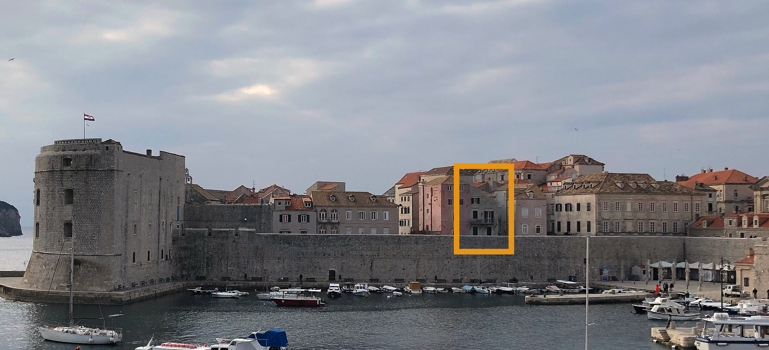 Dubrovnik Apartments within medieval walls